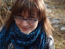 Ragazza felice in vetri Fotografia Stock Libera da Diritti