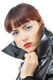 Ragazza graziosa che clasping cloack immagini stock libere da diritti