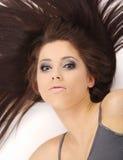 Ragazza graziosa con capelli lunghi Fotografia Stock Libera da Diritti