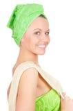 Ragazza graziosa con facecloth Fotografia Stock Libera da Diritti