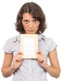 Ragazza graziosa con un blocco per grafici della foto Fotografie Stock Libere da Diritti