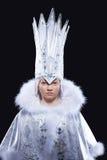 Ragazza graziosa in costume di carnevale della regina del ghiaccio Immagine Stock Libera da Diritti