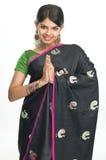 Ragazza indiana nell'espressione di saluti Fotografia Stock