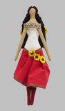 Ragazza isolata FS-fatta a mano della bambola in vestito piega ucraino da stile Fotografie Stock Libere da Diritti