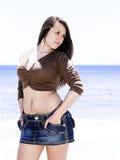Ragazza moda alla spiaggia Fotografia Stock Libera da Diritti
