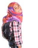 Ragazza musulmana della scuola con la borsa di scuola VII Immagine Stock Libera da Diritti