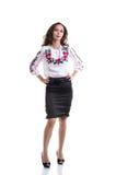Ragazza nei vestiti nazionali ucraini isolati su bianco Immagine Stock Libera da Diritti