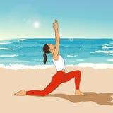 Ragazza nel asana dell'yoga sulla spiaggia ENV, JPG Immagine Stock Libera da Diritti