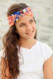 Ragazza pensierosa dell'adolescente fuori Fotografie Stock