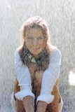 Ragazza in pioggia Immagini Stock Libere da Diritti