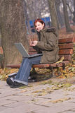 Ragazza redheaded sorridente Immagini Stock Libere da Diritti