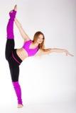 Ragazza relativa alla ginnastica del ballerino con il buon allungamento Immagine Stock Libera da Diritti