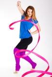Ragazza relativa alla ginnastica del ballerino con il nastro Fotografia Stock
