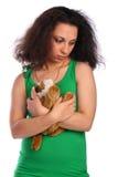 ragazza Riccio-intestata nel verde con il giocattolo Fotografie Stock Libere da Diritti