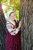 Ragazza russa in costume etnico Fotografia Stock