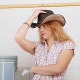 Ragazza seducente del cowboy Immagini Stock Libere da Diritti