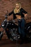 Ragazza sexy sulla motocicletta Fotografia Stock Libera da Diritti