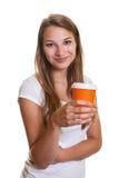 Ragazza sorridente con una tazza di caffè Immagini Stock Libere da Diritti