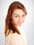 Ragazza, sorrisi attraenti emozionali dell'adolescente Fotografia Stock Libera da Diritti