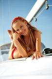 Ragazza su un yacht Fotografia Stock