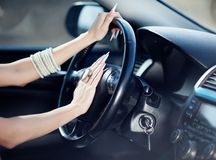 Ragazza in sua automobile Immagine Stock Libera da Diritti