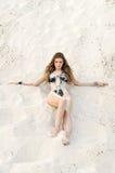 ragazza sulla sabbia Immagine Stock Libera da Diritti