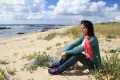 Ragazza sulla spiaggia Fotografie Stock