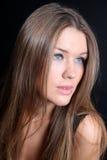 Ragazza sveglia con capelli lunghi Fotografie Stock Libere da Diritti