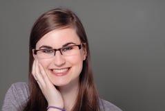 Ragazza sveglia in occhiali/occhiali Immagini Stock Libere da Diritti