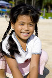 Ragazza tailandese sulla spiaggia Fotografia Stock