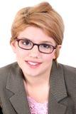 Ragazza teenager attraente in occhiali fotografia stock libera da diritti