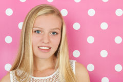 Ragazza teenager bionda Fotografie Stock Libere da Diritti