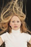 Ragazza teenager di età dei capelli lunghi biondi sexy Immagine Stock Libera da Diritti