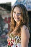 Ragazza teenager in vestito floreale Fotografia Stock Libera da Diritti