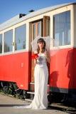 Ragazza in un vestito da sposa Immagini Stock Libere da Diritti