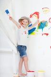 Ragazza in una maglietta bianca ed in una protezione Fotografia Stock