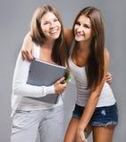 Ragazza vestita casuale degli studenti della High School Immagini Stock