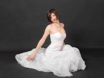 Ragazza in vestito bianco Fotografie Stock Libere da Diritti