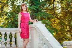 Ragazza in vestito rosso Immagine Stock Libera da Diritti