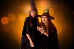 Ragazze adorabili nello stile di Halloween Fotografia Stock