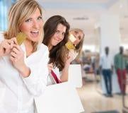 Ragazze che shoping Immagine Stock Libera da Diritti
