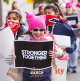Ragazze felici che protestano in Tuscon, Arizona Fotografie Stock Libere da Diritti