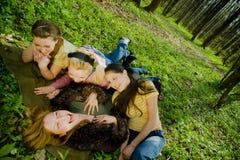 Ragazze nella foresta Fotografia Stock Libera da Diritti