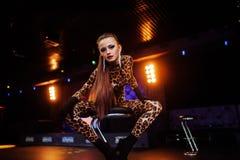 Ragazze sexy in club Fotografie Stock Libere da Diritti