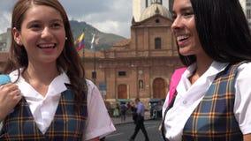 Ragazze teenager femminili felici della scuola Fotografia Stock Libera da Diritti