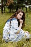Ragazze in vestiti etnici Fotografia Stock