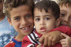 Ragazzi del rifugiato dell'Iraq immagine stock libera da diritti