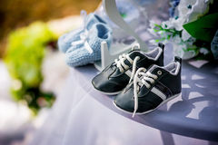 Ragazzi delle scarpe dei bambini Immagine Stock Libera da Diritti