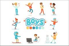 Ragazzi felici ed il loro comportamento normale previsto con le pratiche di sport dei giochi attivi fissate del ruolo maschio tra royalty illustrazione gratis
