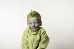 Ragazzino ingannevole vestito come zombie Fotografia Stock